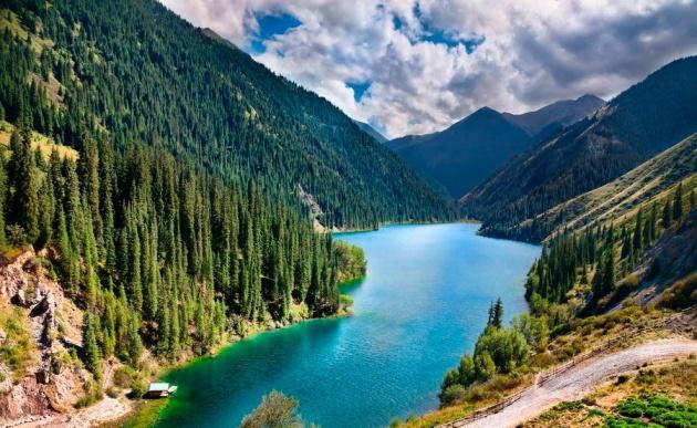Kayindy Lake
